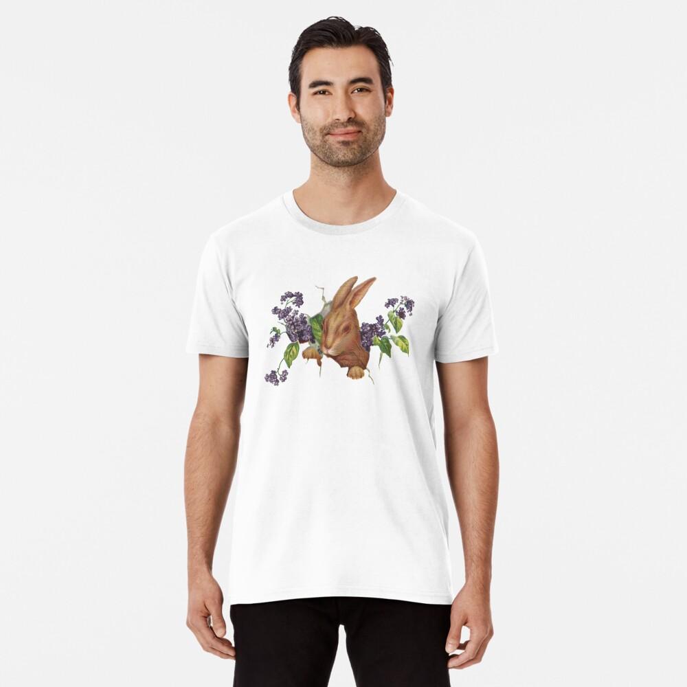 Ostern-Kaninchen, das vom Hintergrund mit Fliedern platzt Premium T-Shirt