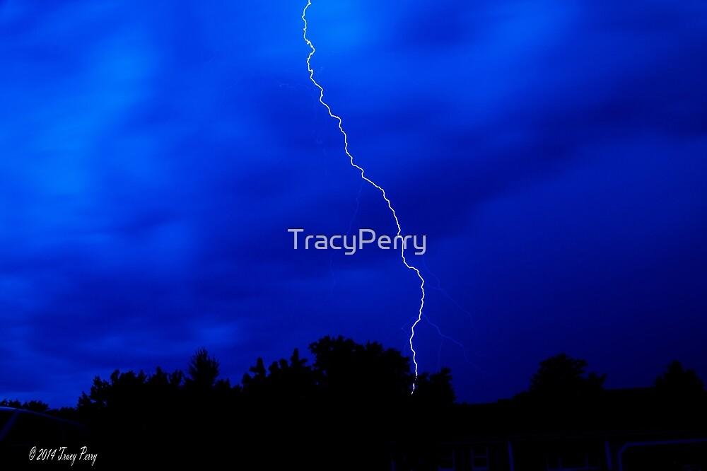 Lightning Bolt by TracyPerry
