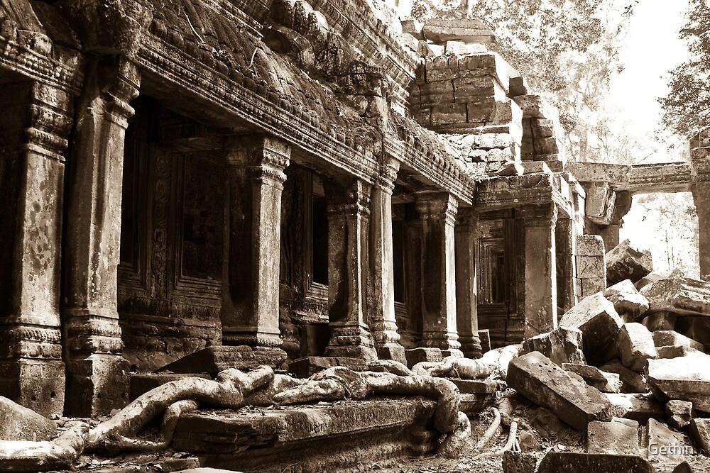 Angkor Ruins by Gethin