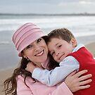 Mummy and Reuben at Ocean Grove by kraftyman