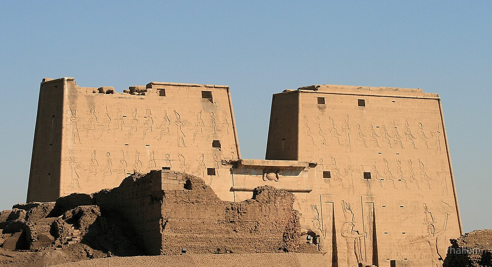 Edfu Temple by rhallam