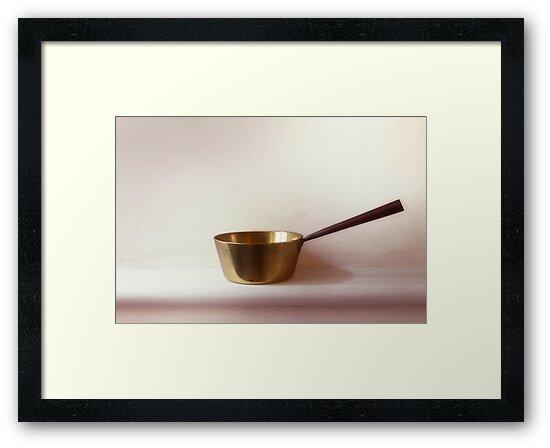 Victorian Saucepan by DExPIX