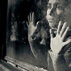 « your face in shadow » par Victor Bezrukov