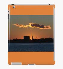 Die heilige Stadt @ Sunset iPad-Hülle & Klebefolie