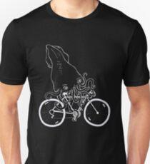 Tintenfisch auf dem Fahrrad Slim Fit T-Shirt