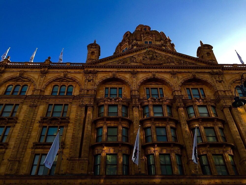 London Building by Gheorghe Reichenbach
