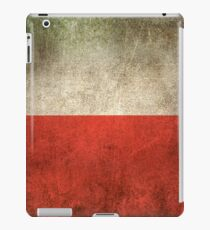 Old and Worn Distressed Vintage Flag of Poland iPad Case/Skin