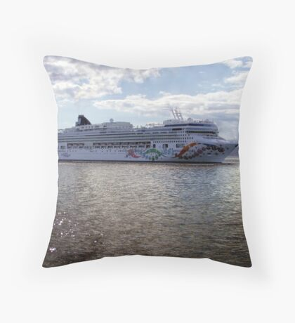 Nautical String of Pearls Throw Pillow