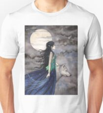 """""""Night of the Wolf"""" Gothic Fantasy Art by Molly Harrison Unisex T-Shirt"""