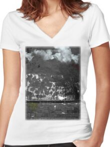 At a loss 2 Women's Fitted V-Neck T-Shirt