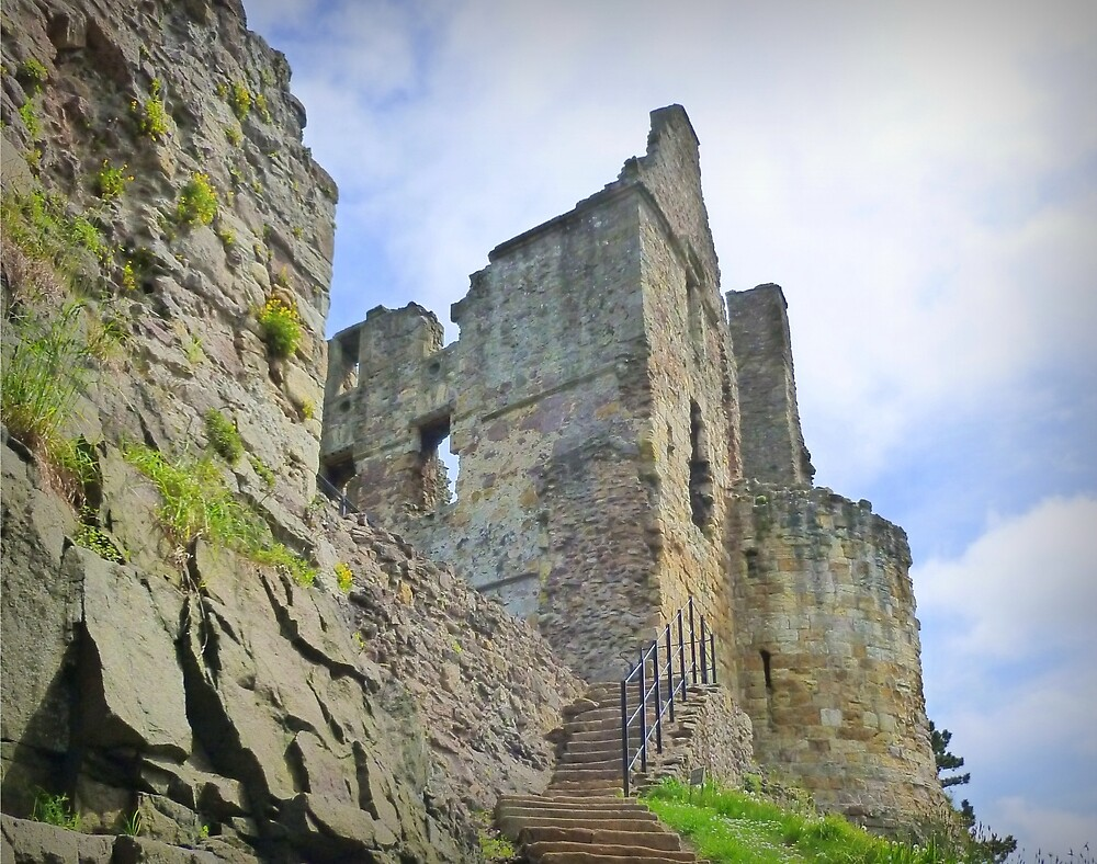 dirleton castle-scotland by dale54