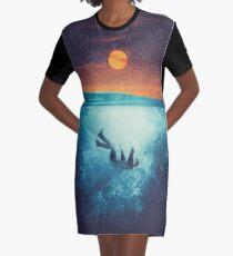 Immergo Graphic T-Shirt Dress