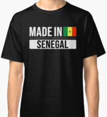 Made In Senegal Gift For Senegalese Born in Senegal With the Senegalese Flag Classic T-Shirt