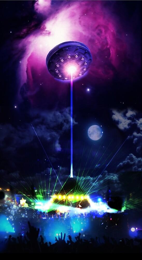 Gastonbury UFO Chemical Brothers by ZiggyChrist