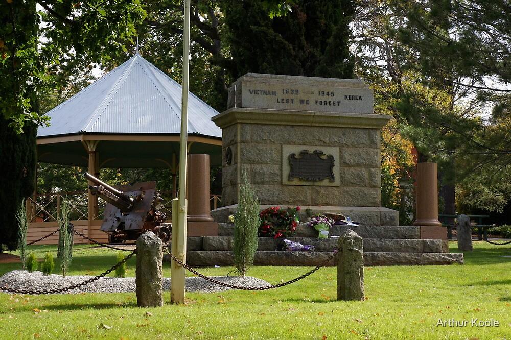 Maldon  Cenotaph by Arthur Koole