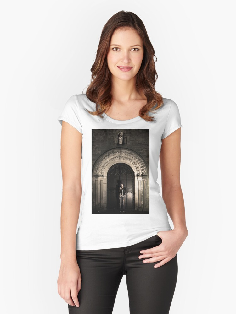 shadow from above Women's Fitted Scoop T-Shirt Front