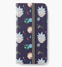 Rick und Mortys Abenteuer im All (Patterns Please) iPhone Flip-Case/Hülle/Klebefolie