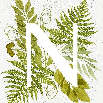 Monograma de la letra N con helecho verde acuarela y hojas de helga-wigandt