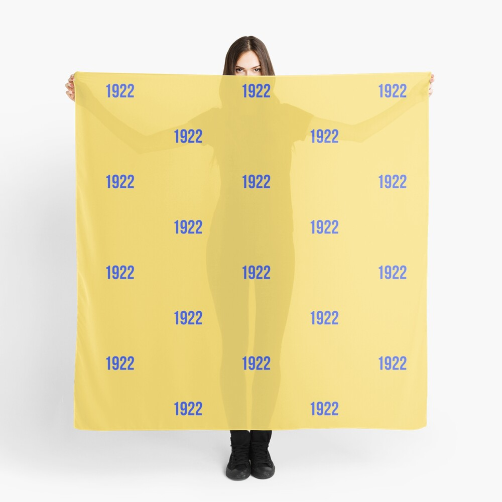 1922 Gold Scarf