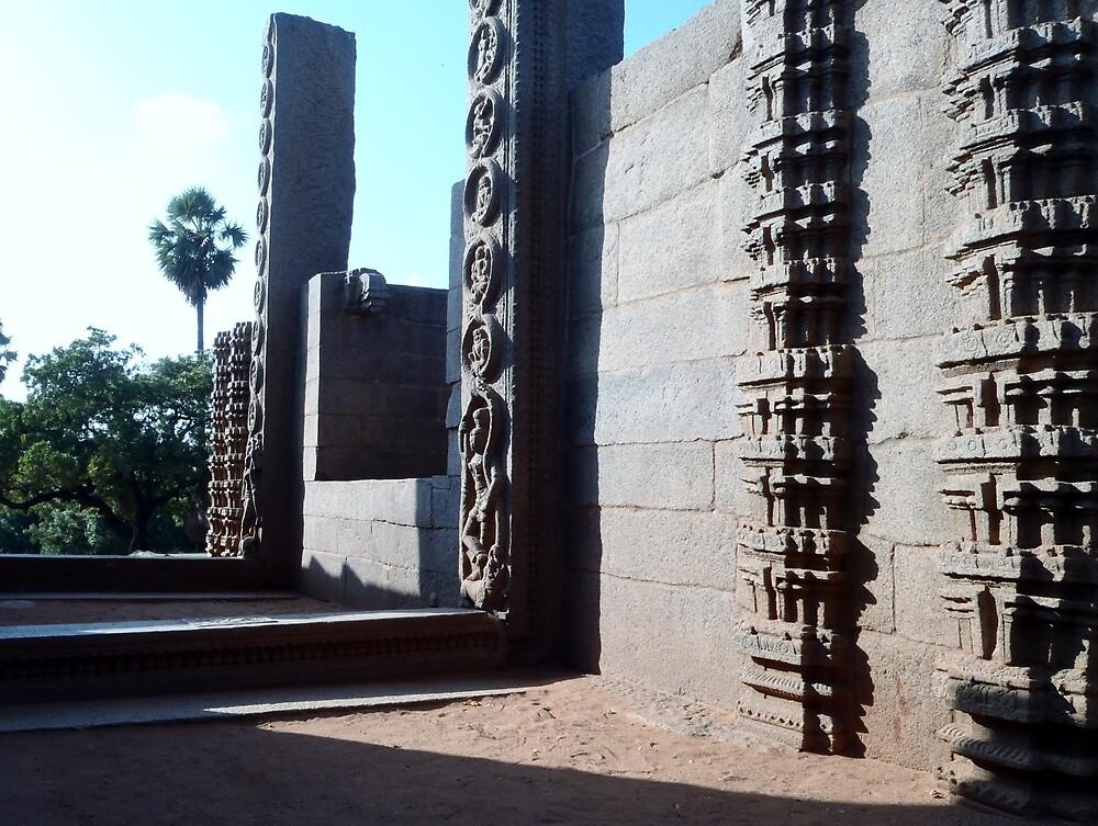 Temple 2.0 - Mahabalipuram, India by clarebearhh