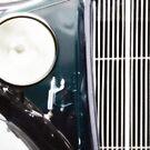 Vintage Car by friendlydragon