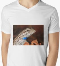 Fence Lizard Men's V-Neck T-Shirt