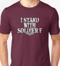 Camiseta ajustada Me paro con el soldado F Regimiento de paracaídas Solidaridad