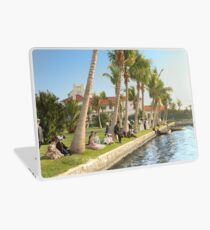 Watching the boat races, Palm Beach, Florida 1906 Laptop Skin