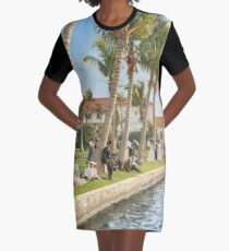 Watching the boat races, Palm Beach, Florida 1906 Graphic T-Shirt Dress