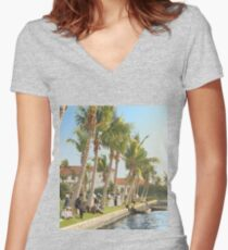 Watching the boat races, Palm Beach, Florida 1906 Fitted V-Neck T-Shirt