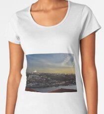View over Vila Nova de Gaia Premium Scoop T-Shirt
