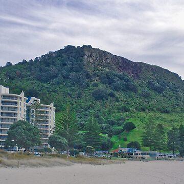 Mt Maunganui Mountain by urbanfragments