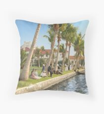 Watching the boat races, Palm Beach, Florida 1906 Throw Pillow