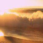 goldene Welle von MariannaPhotos