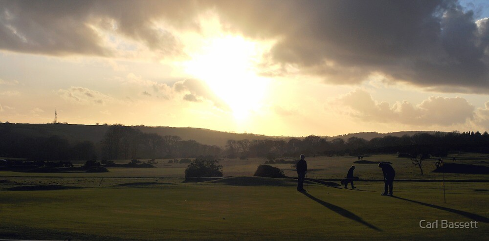 Day's End on The 18th Green by Carl Bassett