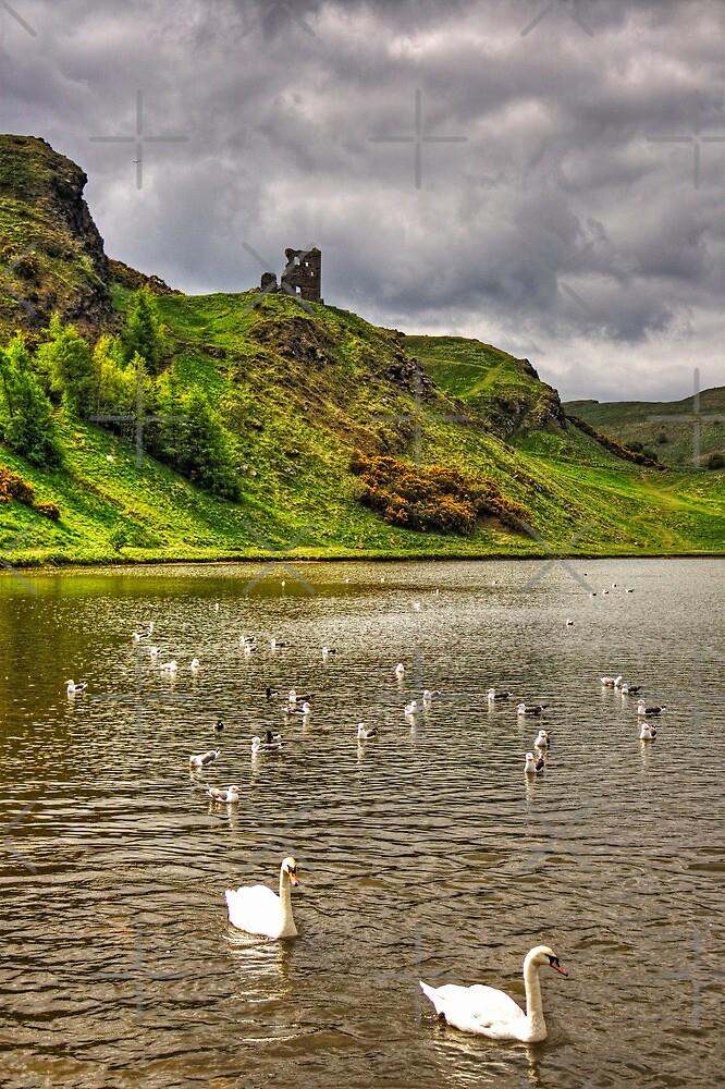 St Margaret's Loch by Tom Gomez