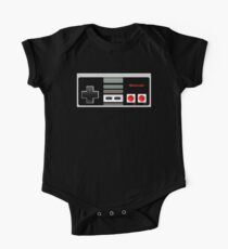 Classic old vintage Retro game controller One Piece - Short Sleeve