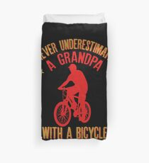 Mens Never Underestimate A Grandpa With A Bicycle Cool products Duvet Cover