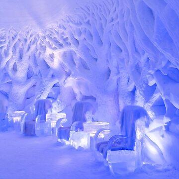 Kirkenes Snowhotel by EdmondHoggeJr