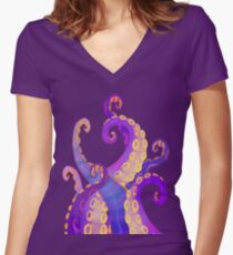 Tentacles Women's Fitted V-Neck T-Shirt