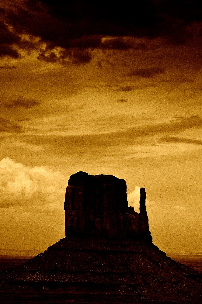 Canyonlands Butte by photograham