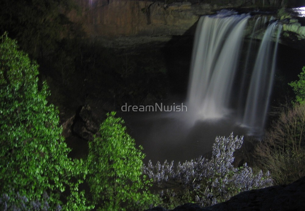 Nightfall/Waterfall  by dreamNwish