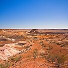 Jump Ups in the Breakaways, Coober Pedy,SA by Richard  Windeyer