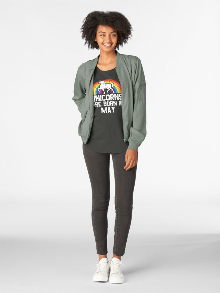 Alternative Ansicht von Unicorns Are Born In May Shirt Birthday Month Gift Tee Premium Rundhals-Shirt