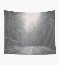 Forest Road Trip - Schwarzweiss-Tannenbäume pazifischer Nordwesten Wandbehang