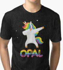 Opal tupft Einhorn-Regenbogenfarben - spezielles personalisiertes Geschenk für Opal Vintage T-Shirt