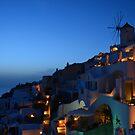 Santorini dusk by LoveAphoto