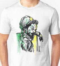 Rastafarian, der auf Wand sich lehnt Unisex T-Shirt