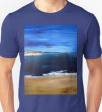Sea, sky and sand..... T-Shirt