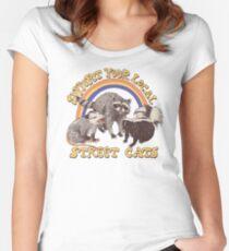 Straßenkatzen Tailliertes Rundhals-Shirt